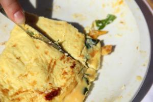 omelet cut